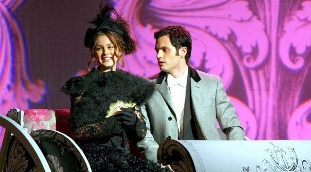 gossip-girl-blair-and-dan-in-school-play-articleH-102218