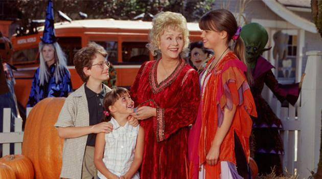 halloweentown: Marnie and family in the city