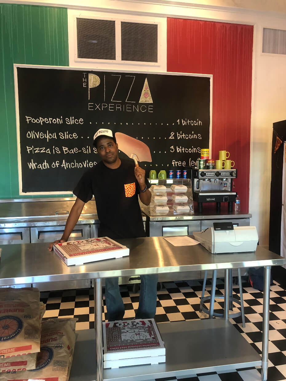 pizza-experience-entrance-100118