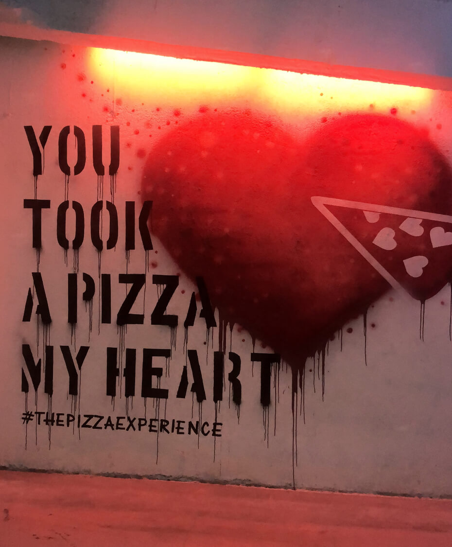 pizza-experience-mural-100118
