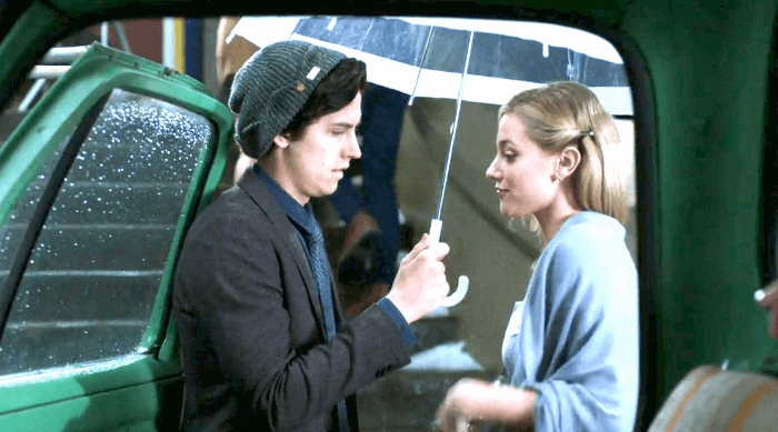 Riverdale: Jughead and Betty prepare to go to school dance in the rain