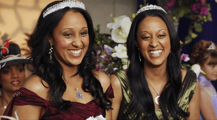 Tia and Tamara Mowry in Twitches Too