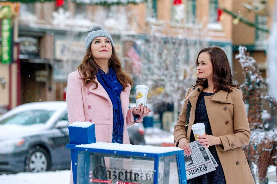 Gilmore Girls Stand in the Snow
