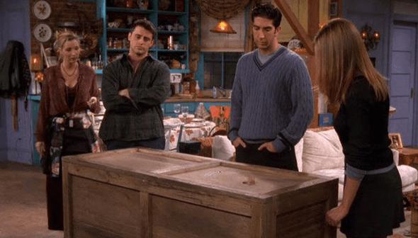 chandler-in-a-box-season-4-friends