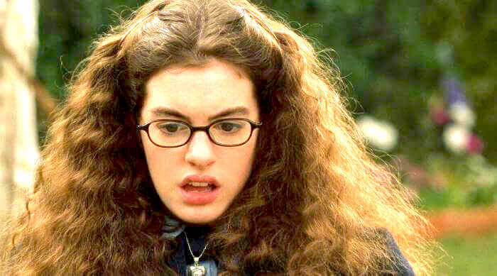 The Princess Diaries: Mia thermpolis (Anne Hathaway) shocked