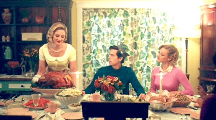 RIverdale: Betty, Jughead and Alice thanksgiving