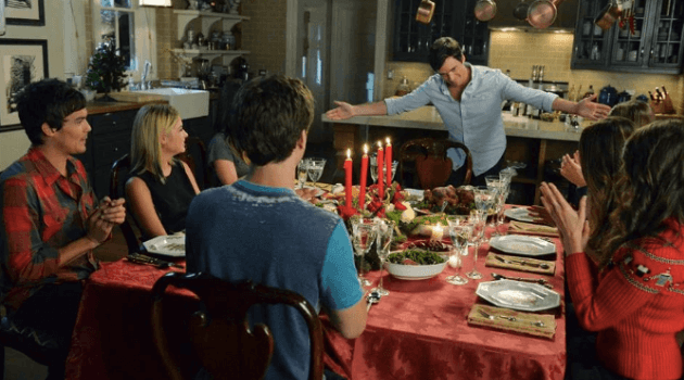 Pretty Little Liars: Thanksgiving dinner where Ezra is bowing