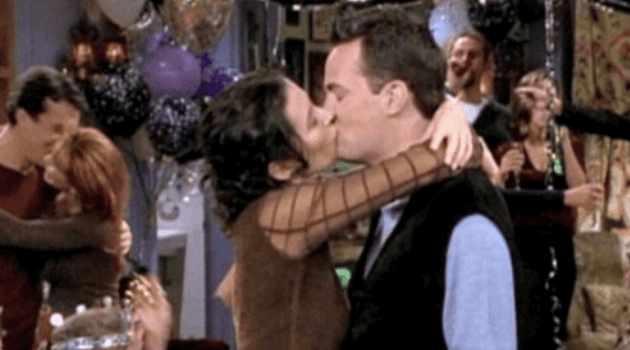 Chandler and Monica New Year's Eve kiss