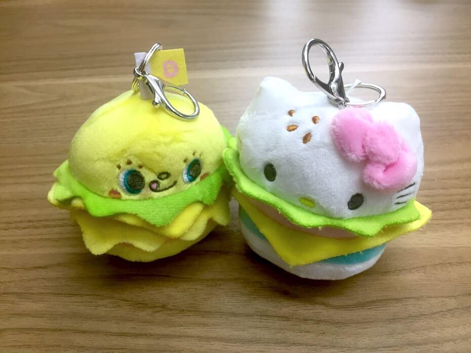 kidrobot-sanrio-burger-charms-dokidoki-yummychums-hello-kitty-120418
