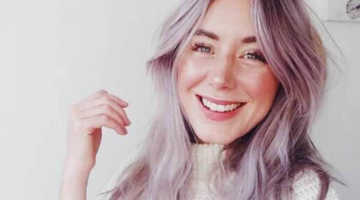 beauty trends 2019 glossy makeup lilac hair