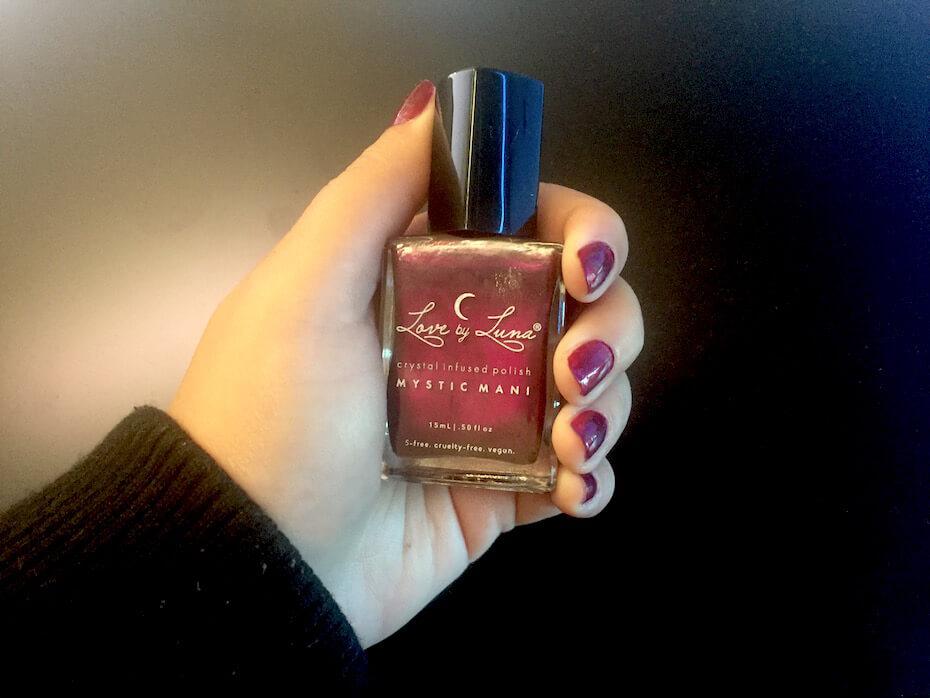 love-by-luna-cystal-mani-nail-polish-121918