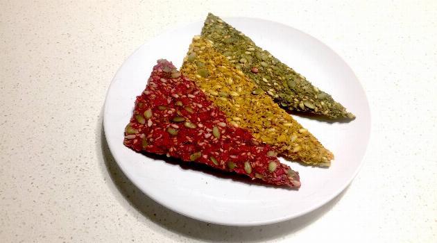 moon-juice-rainbow-juice-and-seed-crisps-articleH-120518