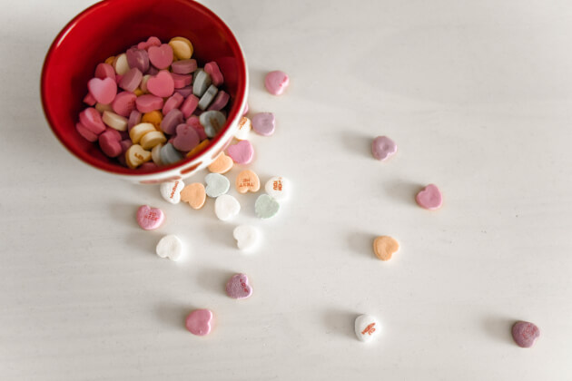 conversation hearts in a bowl