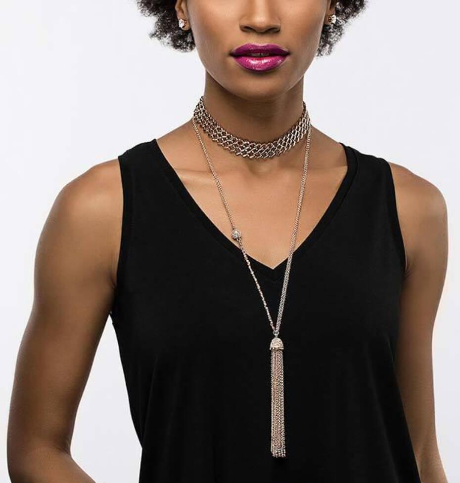 zaxie-queen-of-my-tassel-necklace_model_rosegold-021219