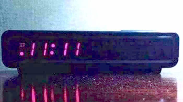 11:11 on clock