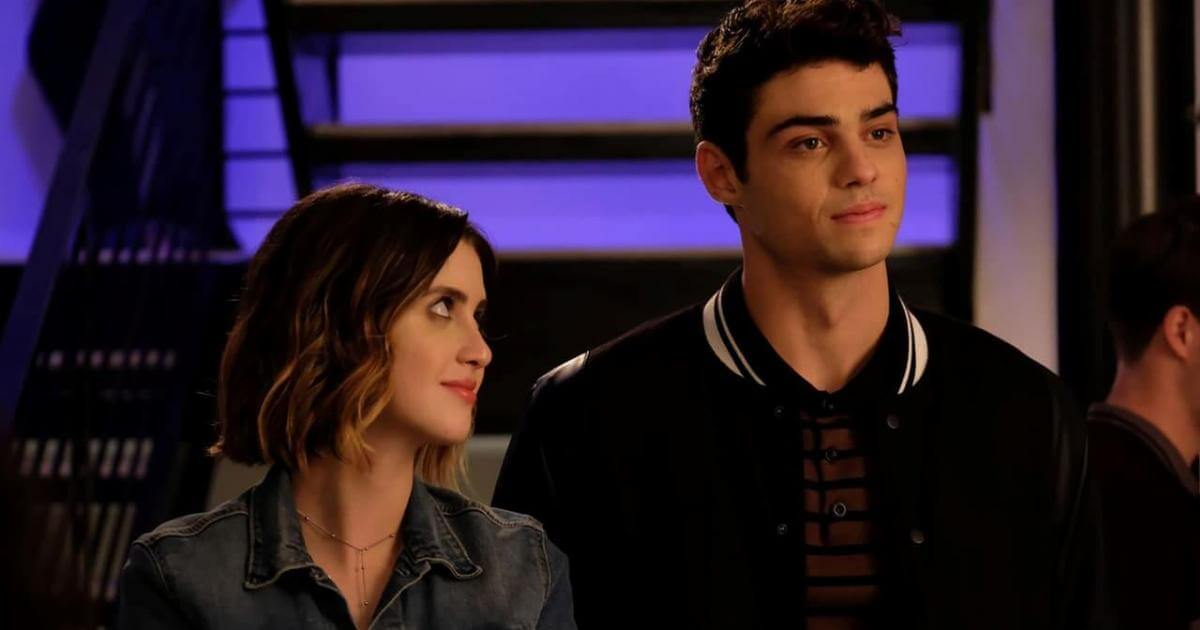 Laura Marano staring up at Noah Centineo in 'The Perfect Date'