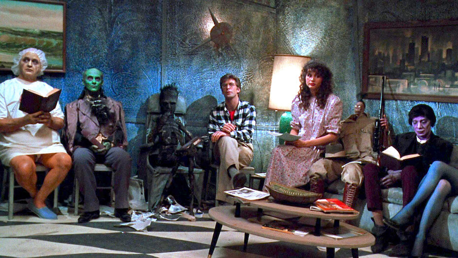 beetlejuice-waiting-room-scene-051719