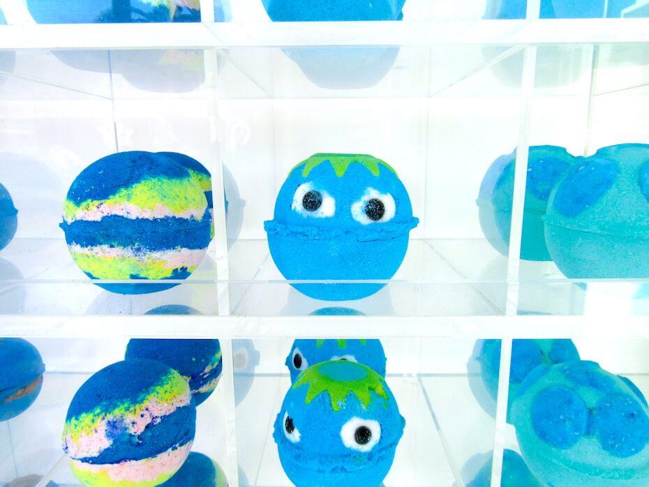 cute-blue-lush-bath-bombs-051719