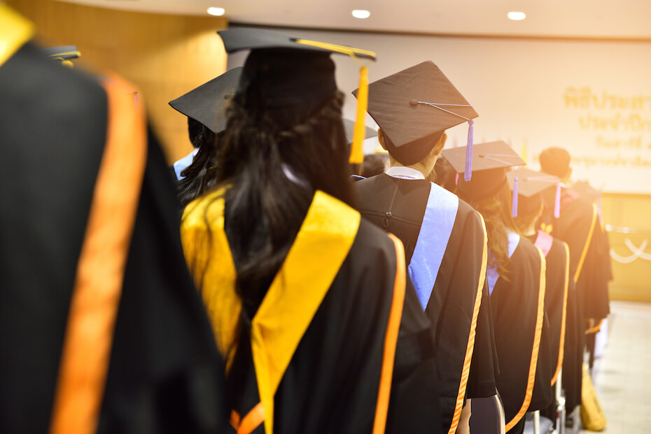 shutterstock-students-graduating-in-line-050319