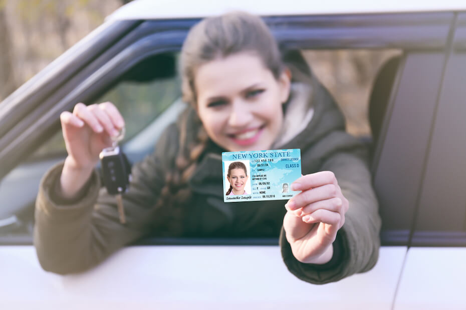 shutterstock-woman-in-car-new-drivers-license-051719
