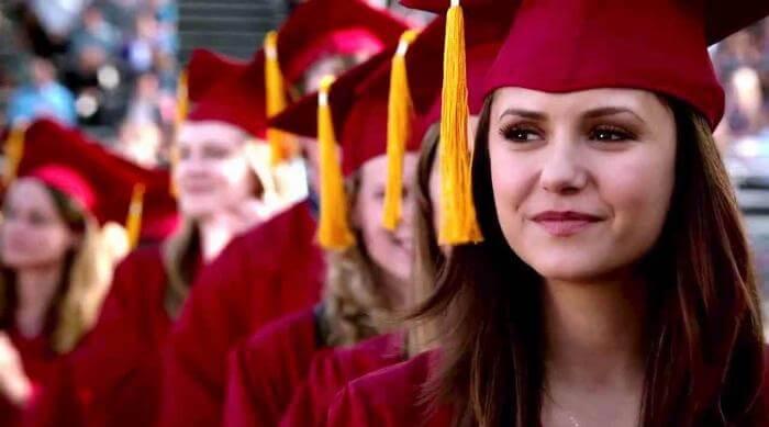 The Vampire Diaries: Elena graduating