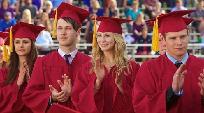 The Vampire Diaries - Caroline, Matt and Elena graduating