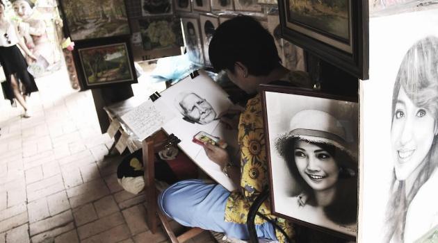 unsplash-jean-pierre-brungs-woman-sketching-faces-articleH-060319