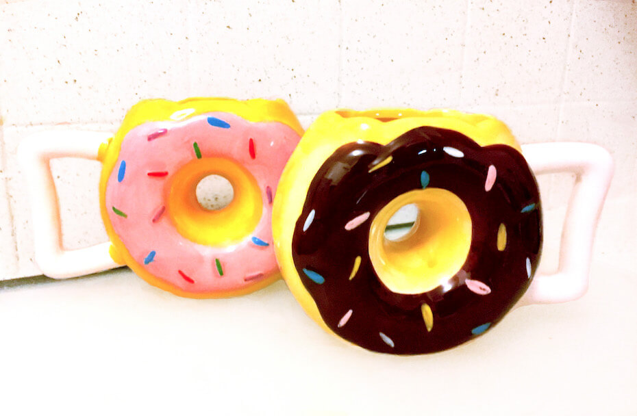 datebox-donut-mugs-070919