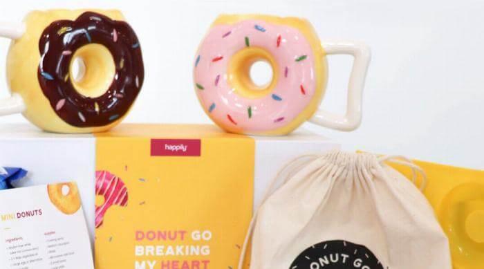 Datebox: Image of Donut Go Breaking My Heart Datebox