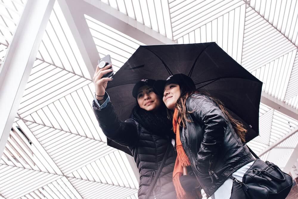 Black Outfit Selfie