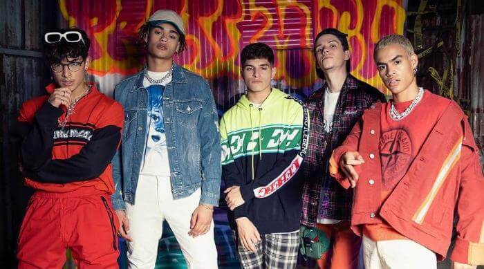 Instagram: PrettyMuch group photo in front of graffiti wall