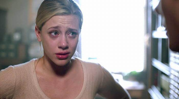 riverdale betty crying