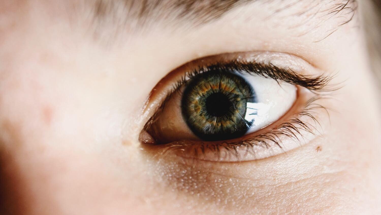 unsplash-liam-welch-closeup-on-eye-with-lashes