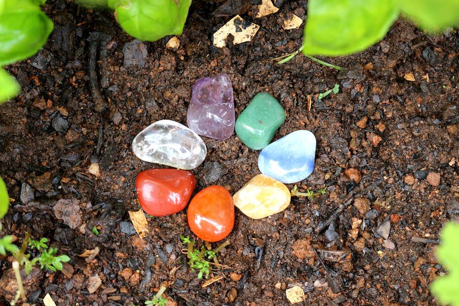 Shutterstock: Ring of chakra-balancing gemstones