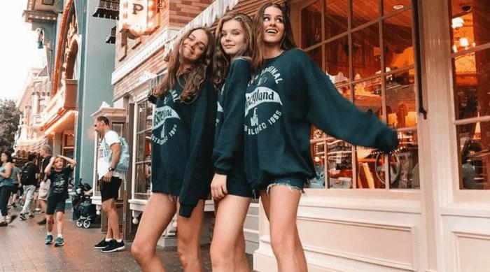VSCO girl friends
