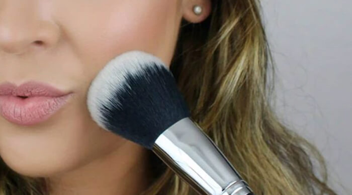 Essential Makeup Brush