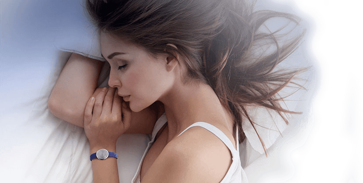 philip-stein-sleep-bracelet-lifestyle-image
