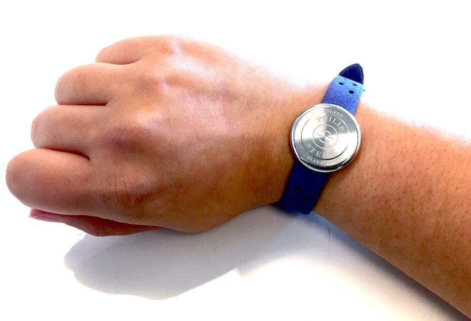 philip-stein-sleep-bracelet-on-wrist-102119