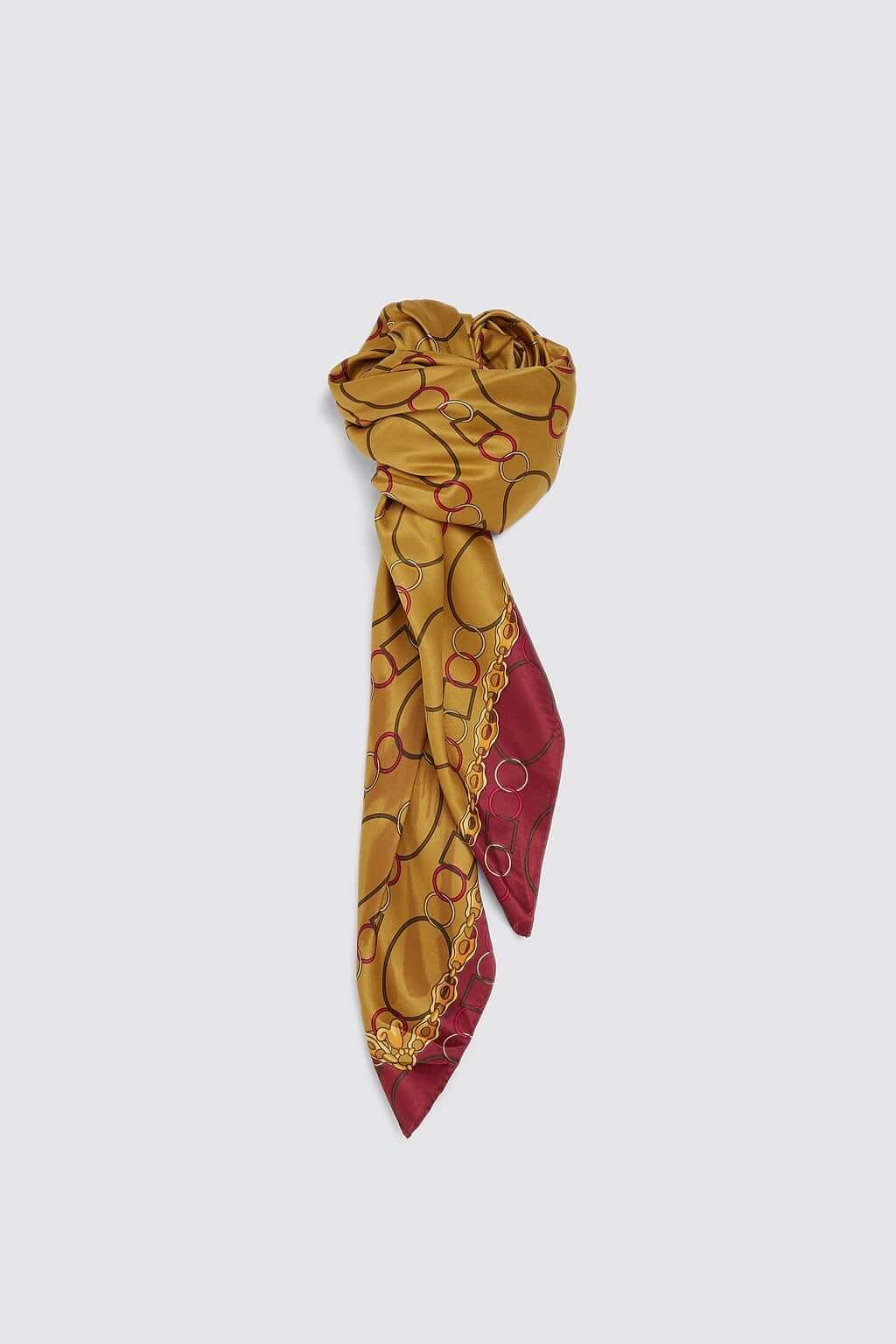 Zara chain scarf