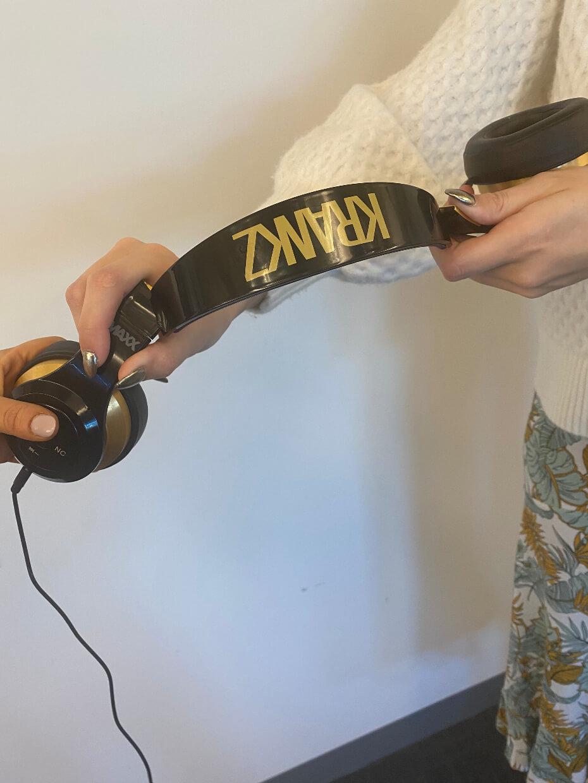 krankz-headphones-broken-012820-1