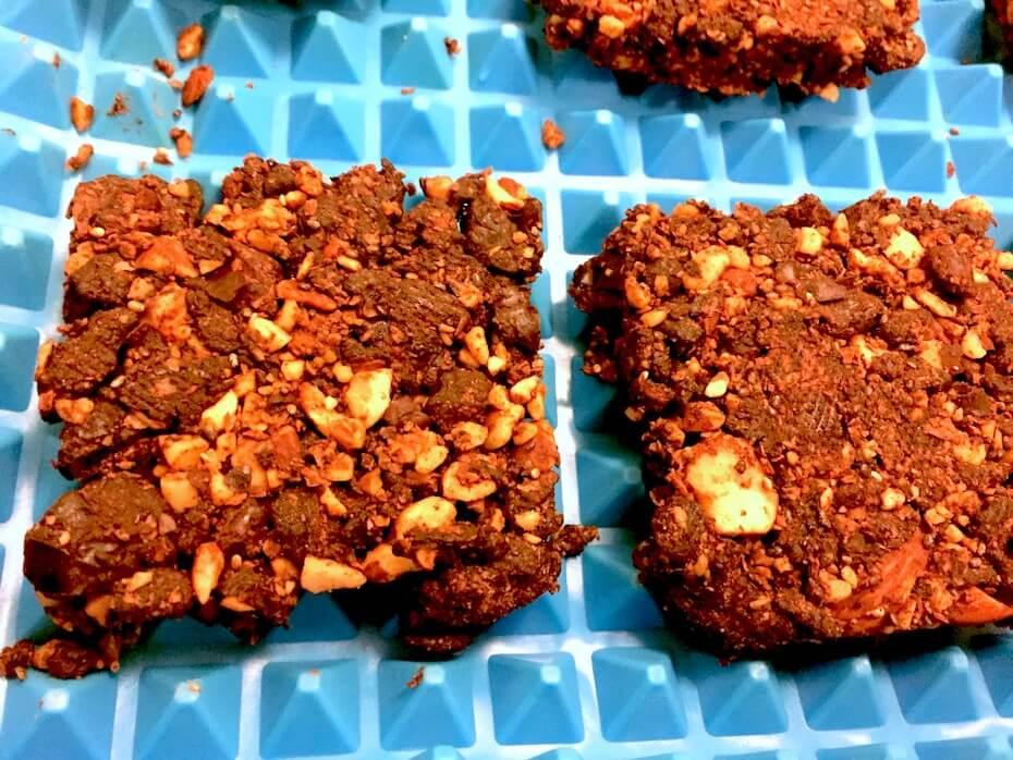 baked-nutsola-granola-bars-121819