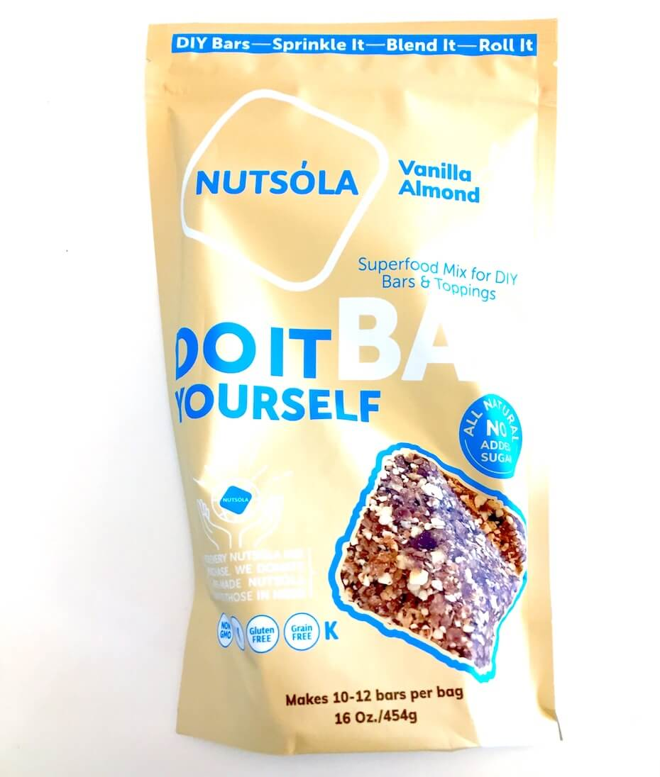 nutsola-vanilla-almond-superfood-mix-121819