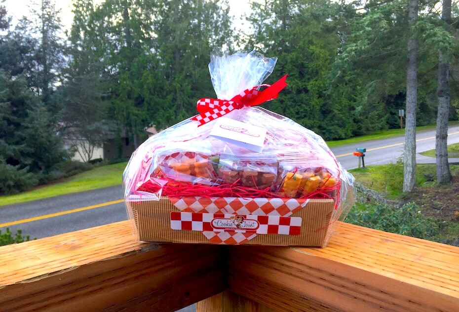 the-cookie-joint-gift-basket-013020