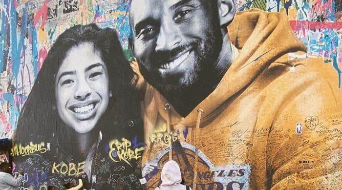 Instagram: Kobe and Gianna Bryant mural memorial