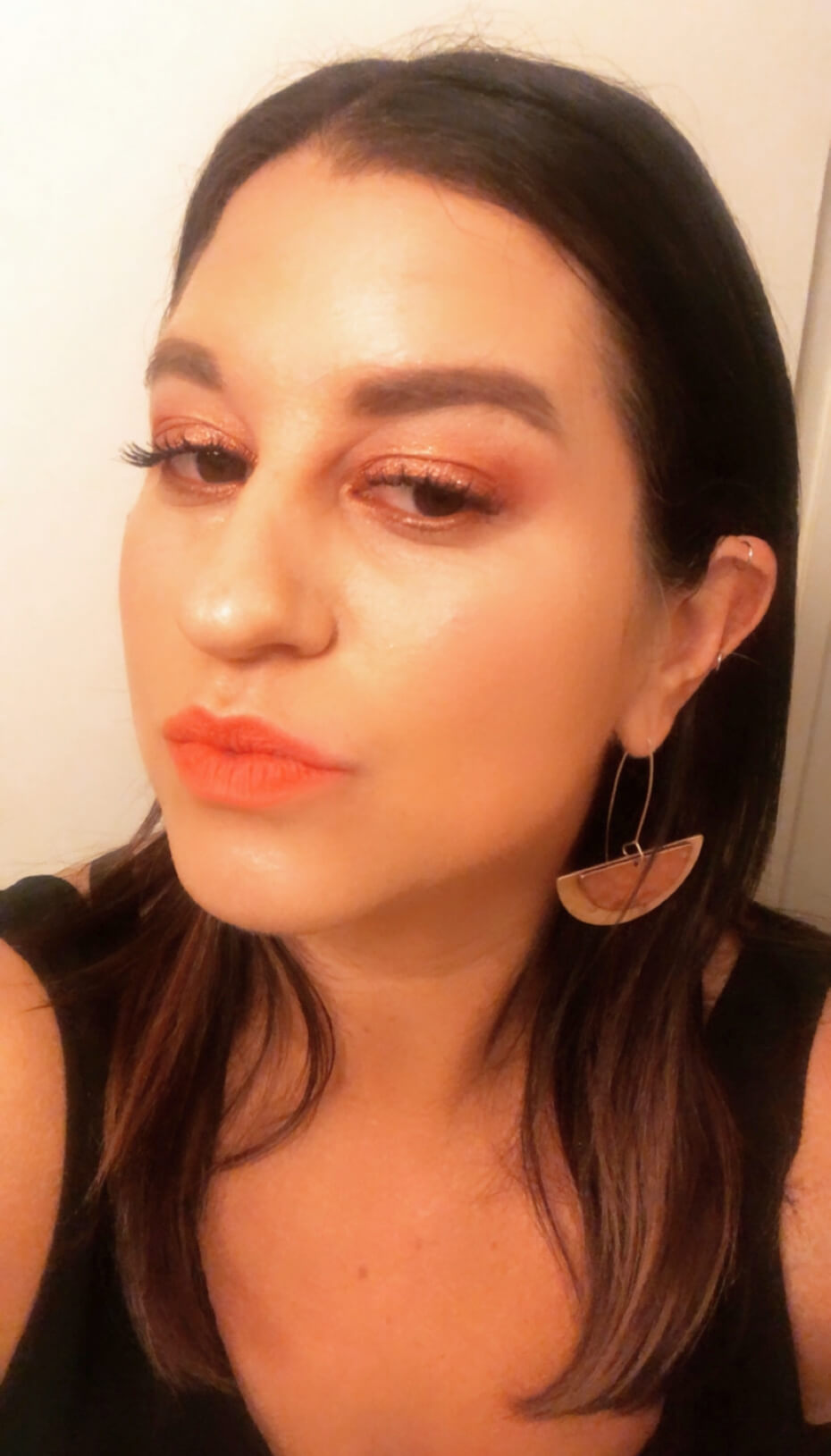 lipstick-orange-020320-1