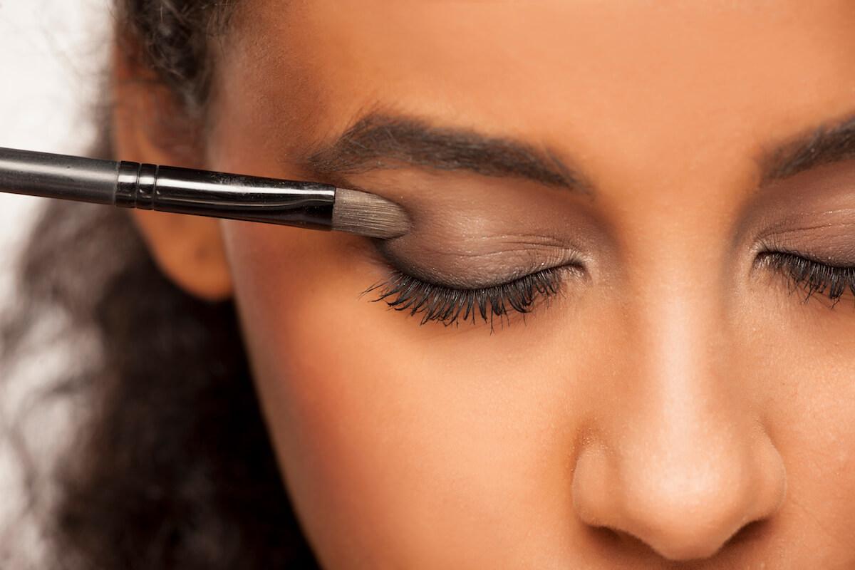 shutterstock-closeup-of-smokey-eye-small-makeup-brush-021920