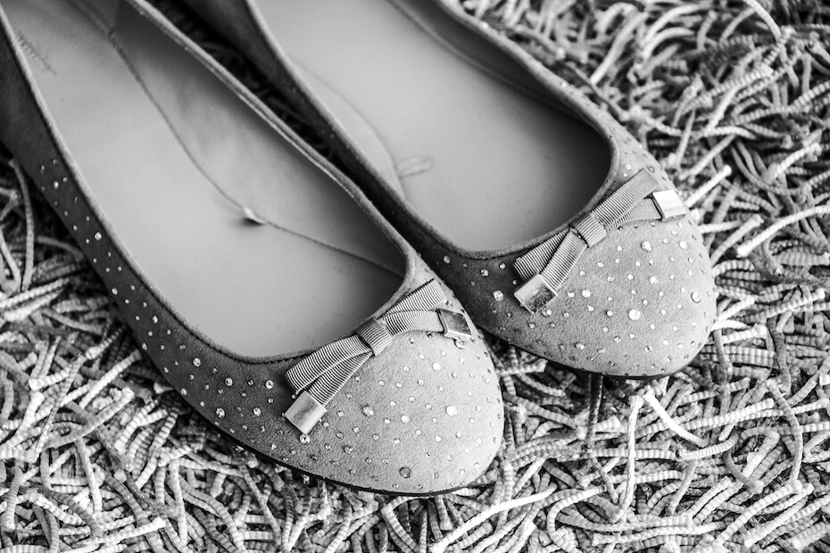 shutterstock-sparkly-grey-flats-shoes-021320