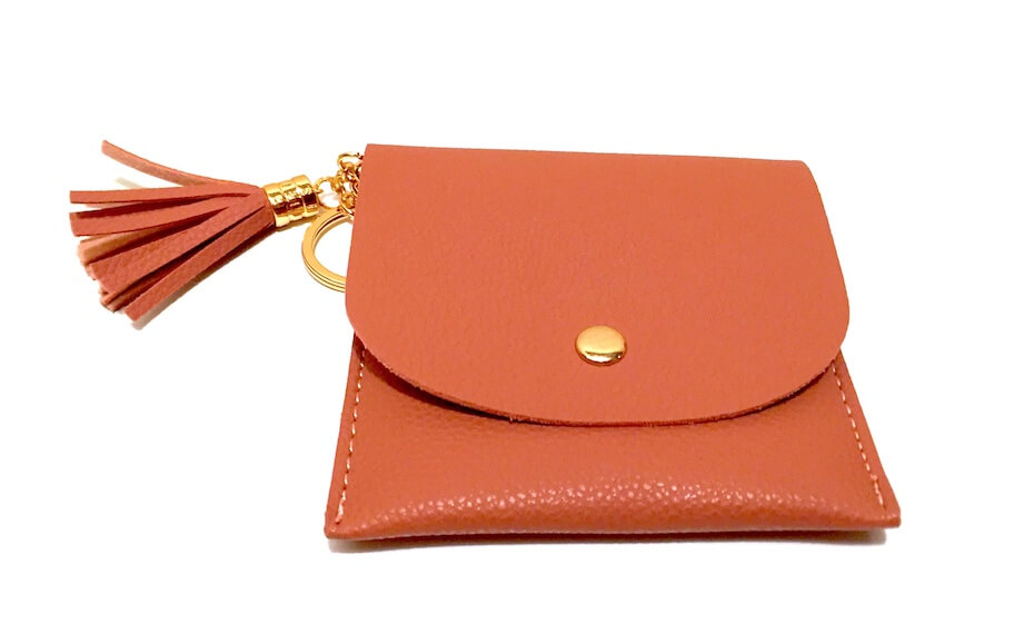 womens-collective-box-card-holder-032620