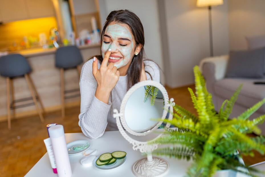 shutterstock-woman-exfoliating-using-face-mask-042320