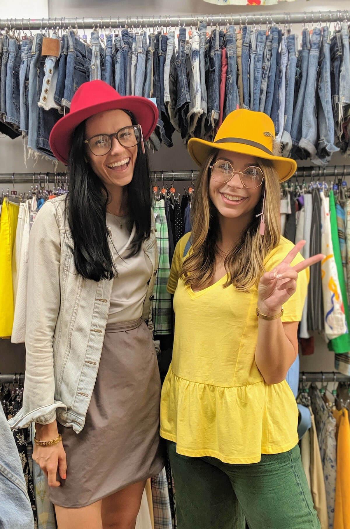 Jess Dante thrift shopping
